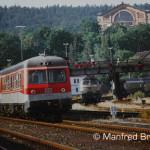 Bayreuth; Zwei, die zusammengehören: Bahnanlage und Festspielhaus.
