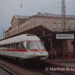 Sonderfahrt für Eisenbahnfreunde mit einem Triebwagen der Baureihe 403.