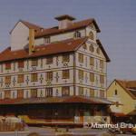 Länder- und Staatsbahnen entwickelten ihre eigene Identität. Nicht nur Tarife, Lokomotiven und Fahrzeuge waren unterschiedlich, auch die Baustile; hier z. B. das landwirtschaftliche Lagerhaus in Bad Mergentheim.